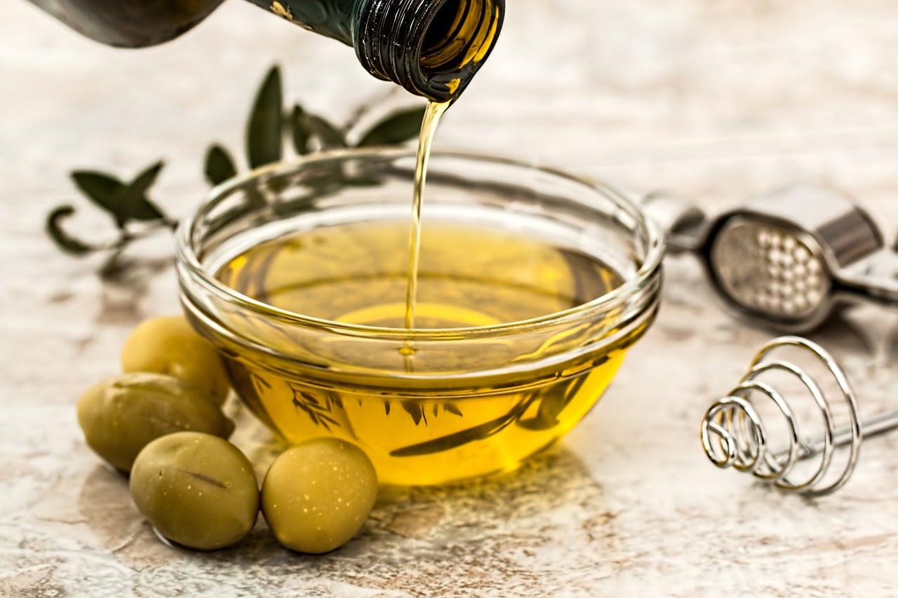 Olio alimentare esausto – come smaltirlo